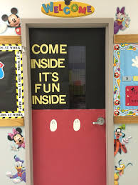 classroom door ideas for thanksgiving disney classroom theme mickey mouse door first door decoration
