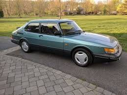 classic saab is this 1991 900 turbo spg the perfect saab shifting lanes