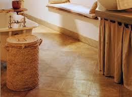 Bathroom The Best Tile Ideas For Small Bathrooms Stylish House - Bathroom floor tile designs for small bathrooms