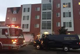 oakland one dead in apartment fire near lake merritt