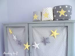 chambre bébé gris chambre bebe gris jaune deco