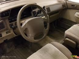 mazda mpv 2001 interior image 185