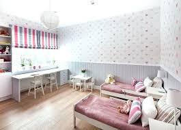papier peint pour chambre fille idee peinture chambre enfant idee peinture chambre bebe 6 d233co