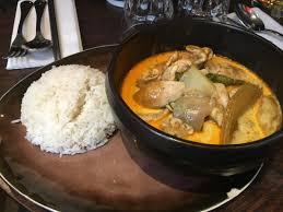 en cuisine avec coco mojithai au litchi cari ga poulet curry coco avec aubergine