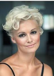 low lighted hair for women in the 40 s 50 s 60 most prominent hairstyles for women over 40