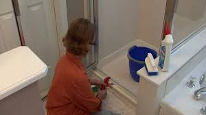 How To Clean The Shower Door The Best Way To Clean The Glass On Your Shower