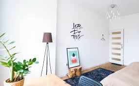 5 affordable ways to spice up your boring apartment or dorm room