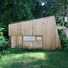 brooklyn architect creates a tiny retreat in his urban backyard