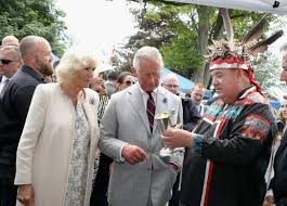 hundreds of royal watchers line the streets in ontario to meet