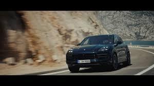 Porsche Cayenne All Wheel Drive - all new porsche cayenne turbo parks all its 550 horsepower in