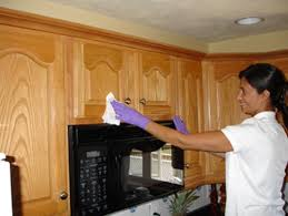 Clean Kitchen Cabinets Grease How To Clean Grease From Kitchen Cabinets Kenangorgun Com