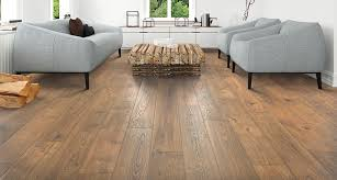 Realistic Laminate Flooring Valley Grove Oak Laminate Flooring By Pergo Timbercraft