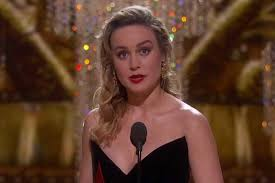 brie larson casey affleck the reason brie larson refused to clap for casey affleck when he won