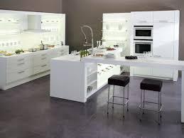 cuisine blanche avec ilot central cuisine blanche avec îlot central ixina