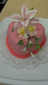 26 best wilton class images on pinterest gum paste flowers