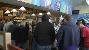 good thanksgiving restaurants thanksgiving means big business for local restaurants koam tv 7