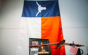 Texas Flag Gif The 19 Most Texas Things In Ted Cruz U0027s Office