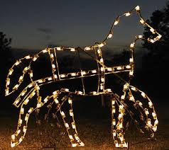 Lighted Outdoor Christmas Displays by Victorian Lighted Outdoor Christmas Decorations Yard Displays
