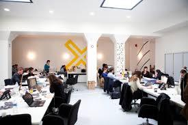 bureaux a partager bureaux à partager et le coworking un exemple de consommation