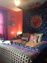 bohemian indian moroccan style bedroom diy tapestry headboard