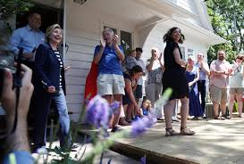 Hillary Clintons House Hillary Clinton Gave An Iowa House Party And The Guests Preferred