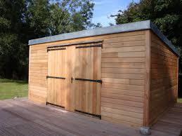 idee de jardin moderne bois design sur idees de decoration moderne abris de jardin bois