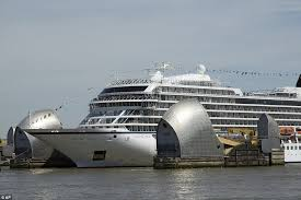 thames barrier failure luxury cruise ship makes a dramatic entrance to london cruise