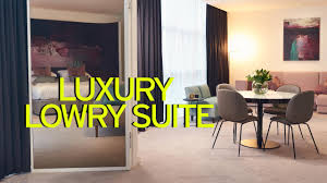 inside jose mourinho u0027s 816 a night luxury lowry hotel room as he