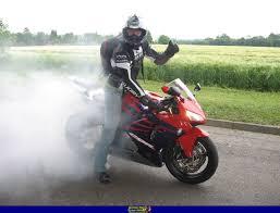 2005 cbr 600 sportbike rider picture website