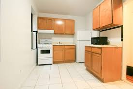spacious 1 bedroom with eat in kitchen in heart of sunnyside woodside