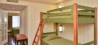 Bunk Bed And Breakfast 18 Family Friendly Hotels With Bunks Beds Near Disneyland Family