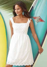 white summer dresses advantages of wearing white summer dresses