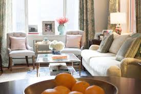 Livingroom Nyc Peek Inside Nyc Manhattan Living Room Of Caroline Knapp House Of
