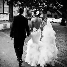 20 beautiful backless wedding dresses u0026 statement gowns