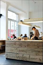 installer un comptoir de cuisine fabriquer un comptoir de cuisine en bois comment lzzy co