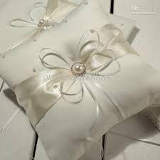 wedding pillows hot sell mic ivory ribbon pearl wedding ceremony satin ring bearer