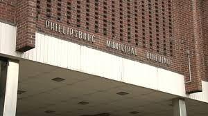 Stephen R Ellis Mayor Phillipsburg New Jersey Phillipsburg Steps Back Salary Ranges After Resident Complaints Wfmz