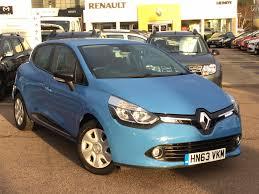renault blue used renault clio dynamique medianav blue cars for sale motors co uk