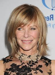 medium short hairstyles for women over 50 easy hairstyle for