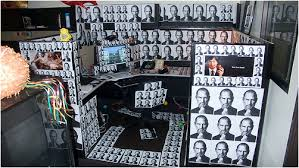 Office Desk Prank When Coworkers Pranks Go Wrong S Desk Gets Plastered By Big