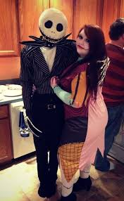 Indie Halloween Costume Ideas 30 Unconventional Two Person Halloween Costumes