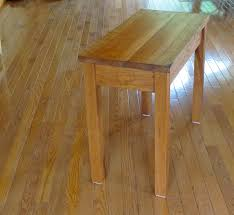 Plans For A Simple End Table by Woodworking