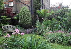 outdoor excellent small garden design ideas with beautiful