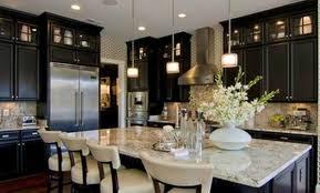 cuisine en solde grande cuisine avec lot central dans un appartement haussmanien
