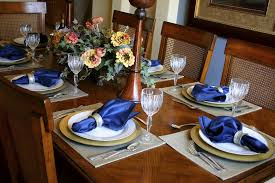 Fancy Table Setting Ideas For Dinner Parties And Holidays - Dining room table placemats