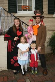 Disney Family Halloween Costume Ideas by 533 Best Party Alice In Wonderland Images On Pinterest