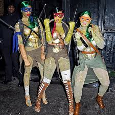 Outrageous Halloween Costumes 85 Celebrity Halloween Costumes Epic Celebrity