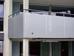 balkon lochblech lochblech geländer mfh rickenbach balkon lochblech