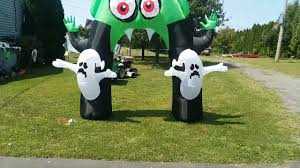 new for 2017 halloween inflatable 9ft vampire archway with 2 ghost