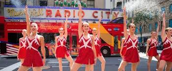 photo flash the rockettes bring joy to 6th avenue with u0027christmas